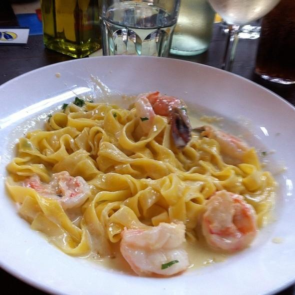 Restaurant Review: Il Porto