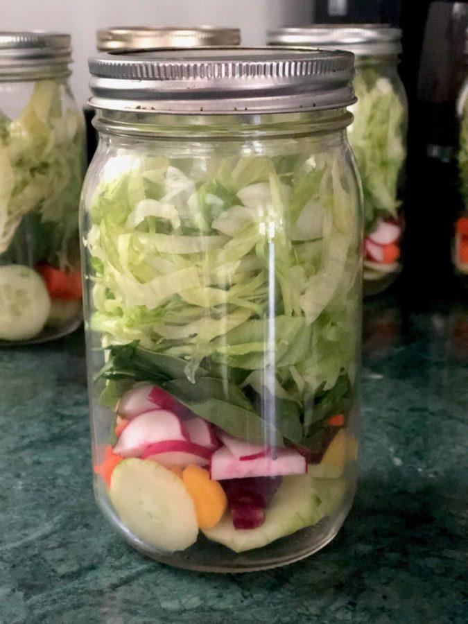 Culinary+Corner%3A+Mason+Jar+Salads