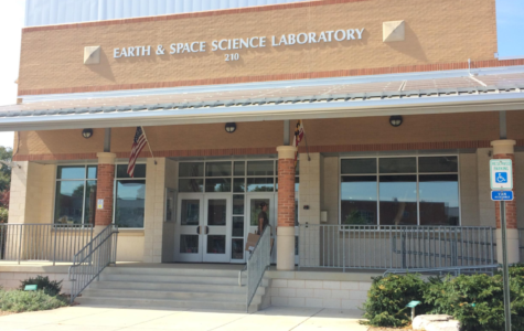 ESSR class heads to the ESSL for a field trip…. if it sounds confusing, read on…
